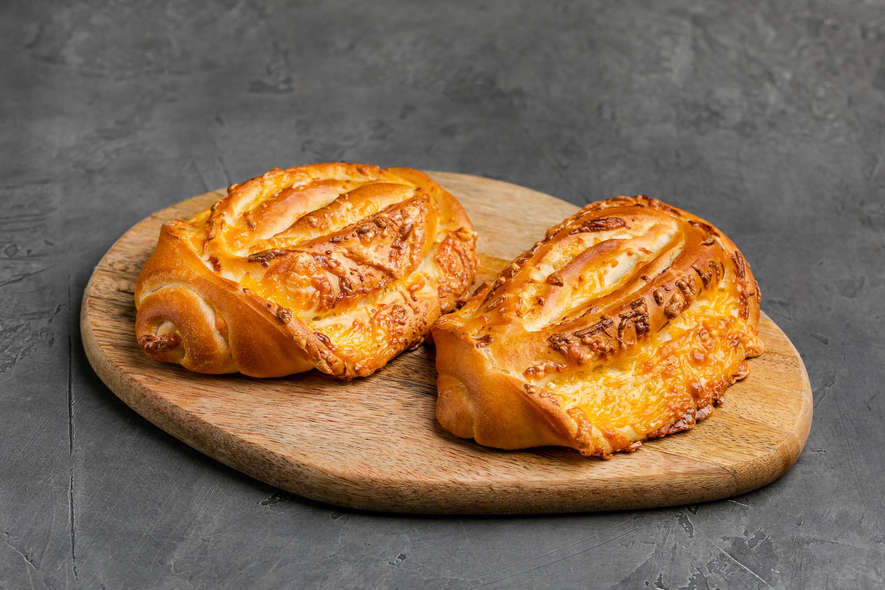 Рогалик с сыром